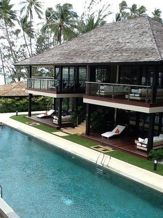 Nikki Beach Resort & Spa: bungalow by 60m pool