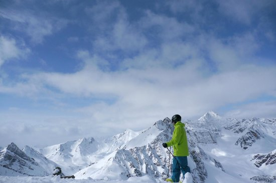 Marmot Basin Ski Area: Take time out and enjoy the view at Marmot Basin