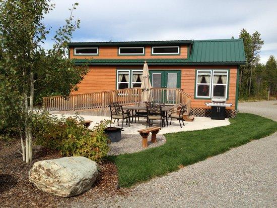West Glacier KOA: Our cabin