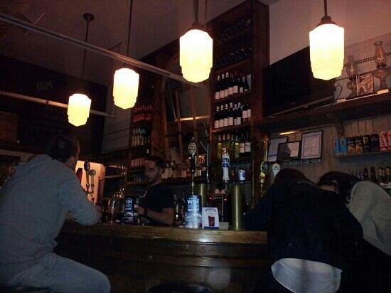 BQM Burger: bar