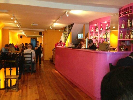 Yan Woo: The restaurant interior