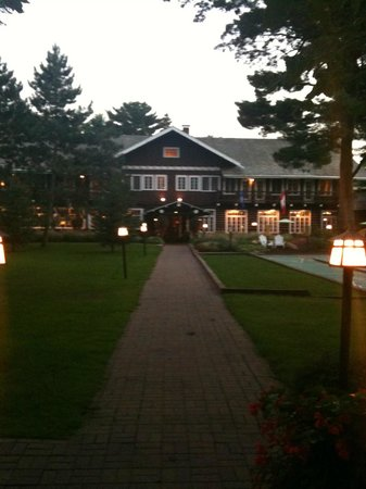 Grand View Lodge : /