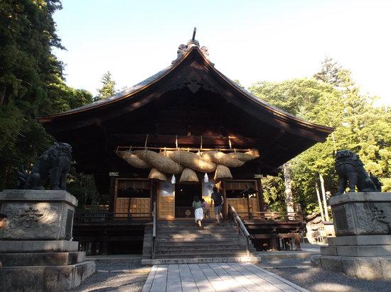 Suwa Shrine: 諏訪大社下社秋宮