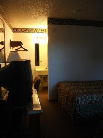 Rodeway Inn Wine Country: Room