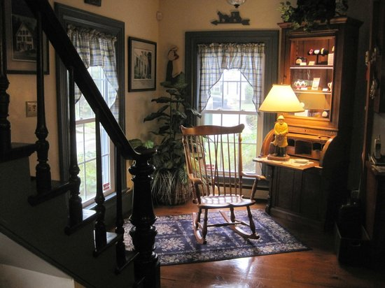 Camden Maine Stay Inn : This picture gives the true ambiance: homey and welcoming