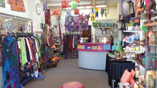 Leongatha, Australia: Crystals,Candles,Incense,Clothing and much more