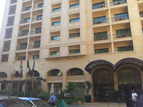 Coral Beirut Al Hamra Hotel: ouside