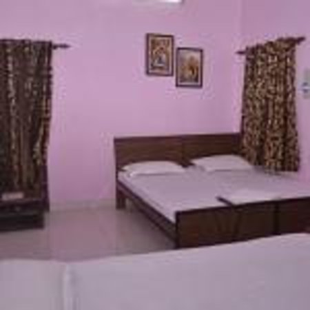 Brinda Home Stay: Room