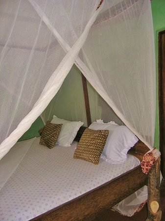 Sagando Hostel: My king sized bed :)