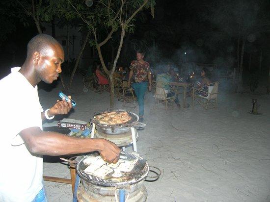 Sagando Hostel: Seafood BBQ!