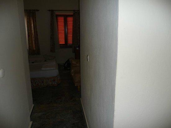 Begonville Hotel: room from door