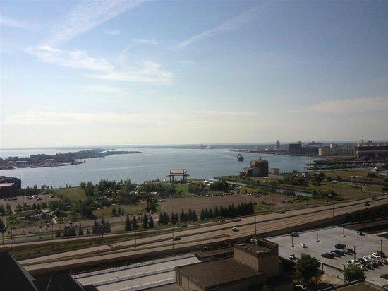 Radisson Hotel Duluth - Harborview: View from revolving restaurant