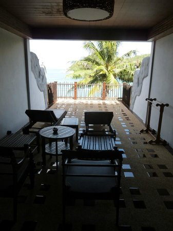 Panviman Resort - Koh Pha Ngan: huge balcony