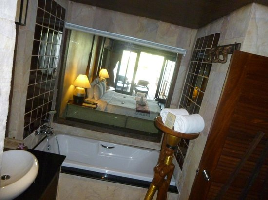Panviman Resort - Koh Pha Ngan: bathroom