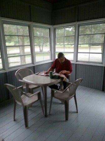 Isaiah Tubbs Resort: Screened porch same size lodge 1 & 2