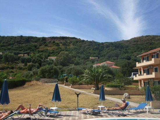 Filoxenia Apartments: View around the pool