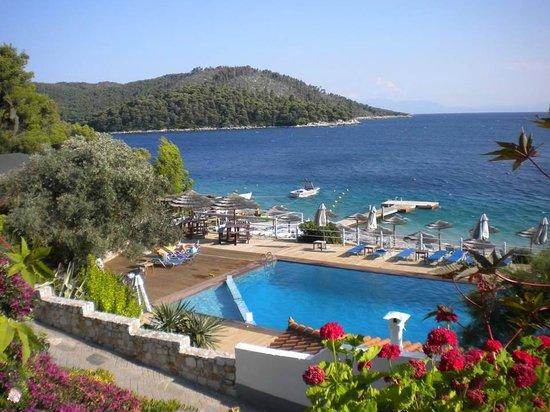 Adrina Beach: Overlooking the pool and beach area