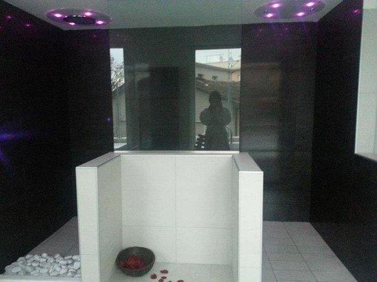 My Hotel Gabicce: doccia amozionale