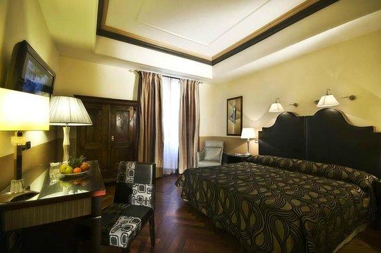 Hotel Royal Court: Quadruple room
