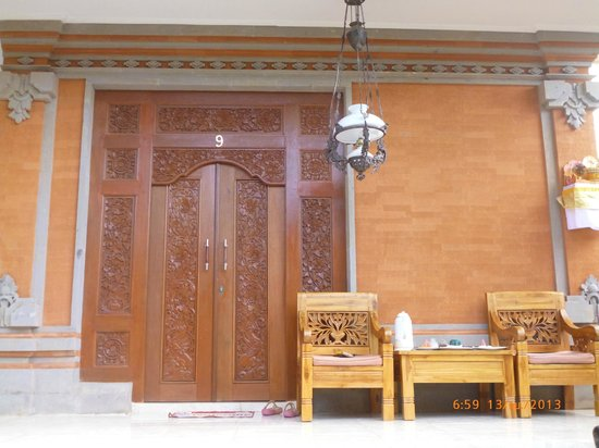Teba House Ubud Guest House: ด้านหน้าห้องพักที่พัก