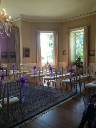 Norwood Park: Room for the ceremony