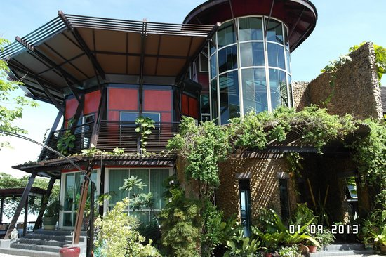 Sinurambi Bed and Breakfast: jungle house