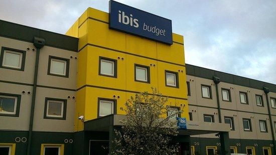 Ibis Budget Melbourne Airport : The facade