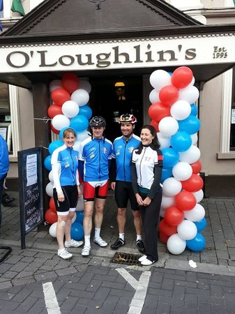 O'Loughlins Hotel: Cycle for SID homecoming