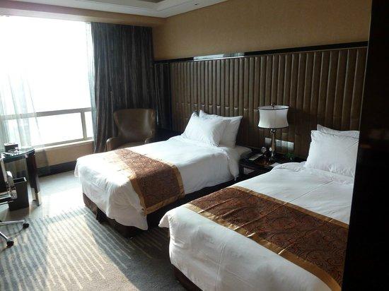 Xindao International Hotel: Big comfortable beds