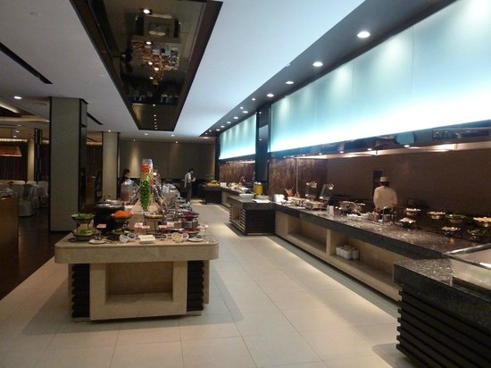Xindao International Hotel: Buffet Breakfast (incl)