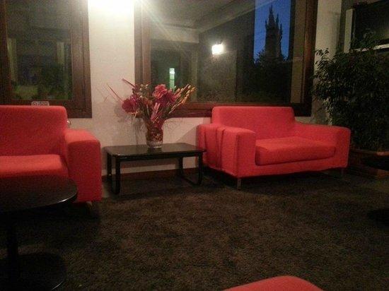 Alba Hotel Torre Maura: Lobby