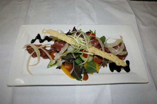 Four Oaks Guest House: venison salad