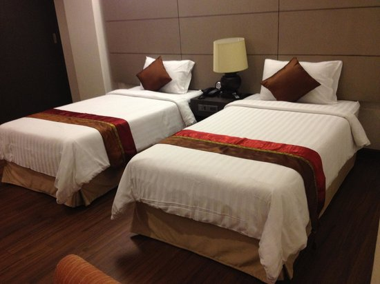 The 93 Hotel: deluxe room