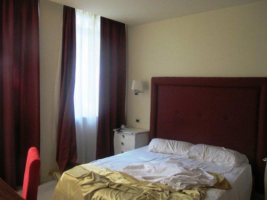 Residence Diamanterosso: The Bedroom