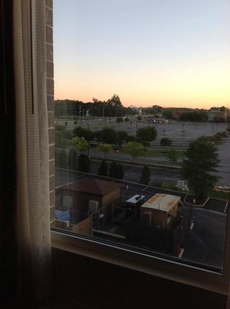 DoubleTree by Hilton Hotel Wilmington: View -could not hear cars