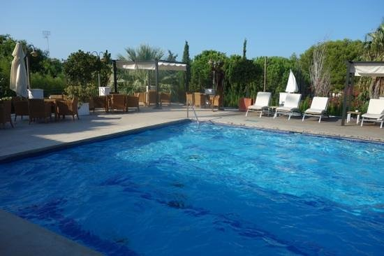 Les Rotes Hotel : hotel pool