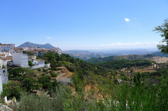La Fructuosa : View of valley from room