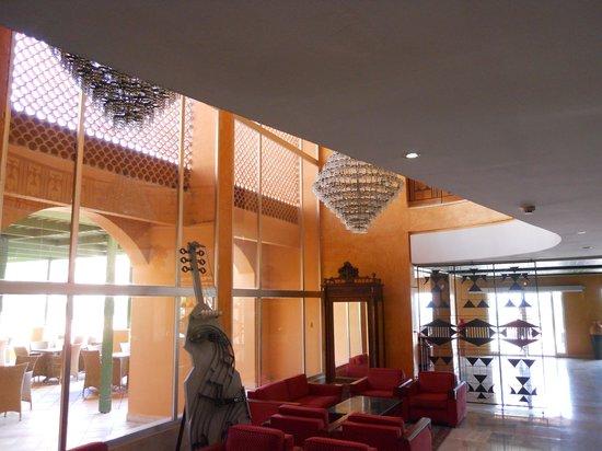 Hotel Vendome El Ksar Resort & Thalasso : bar interno