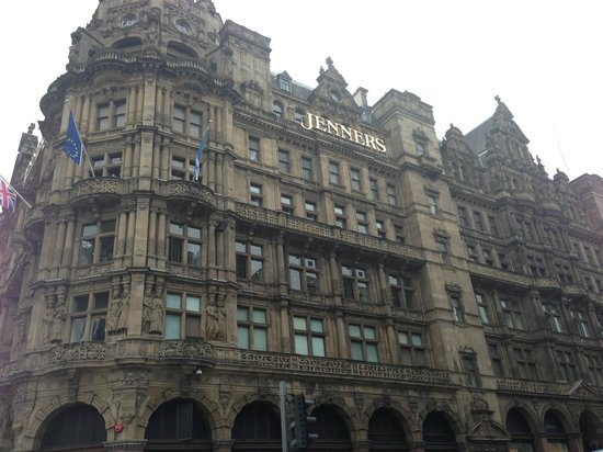 Princes Street : jenners shopping