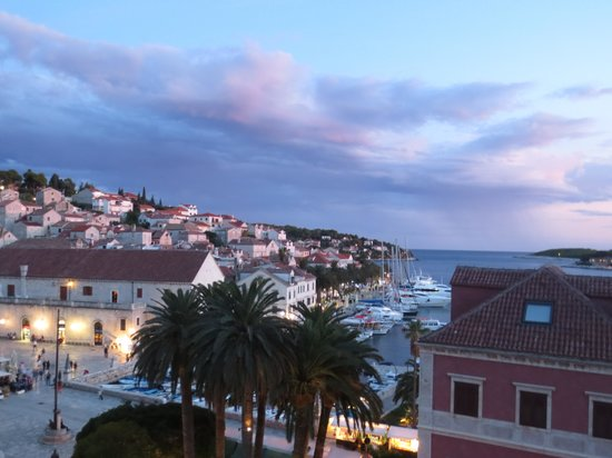 Hotel Park Hvar : View from the balcony
