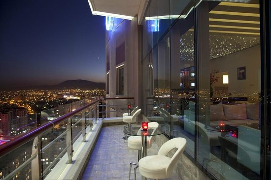 Roof Bar- Dedeman Hotel