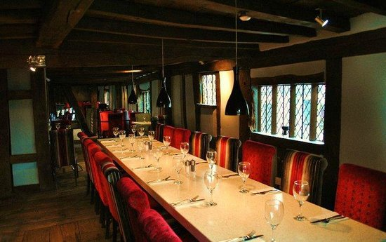 The Cheshire Cat: Main restaurant party section