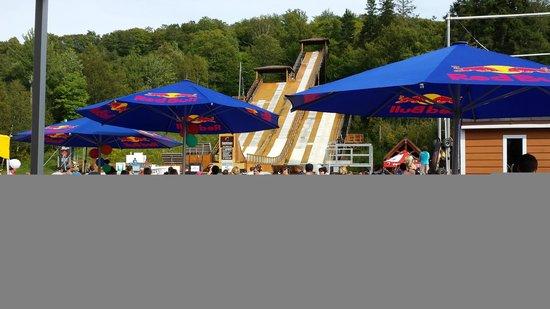 Centre National d'Entrainement Acrobatique Yves LaRoche: Ansicht