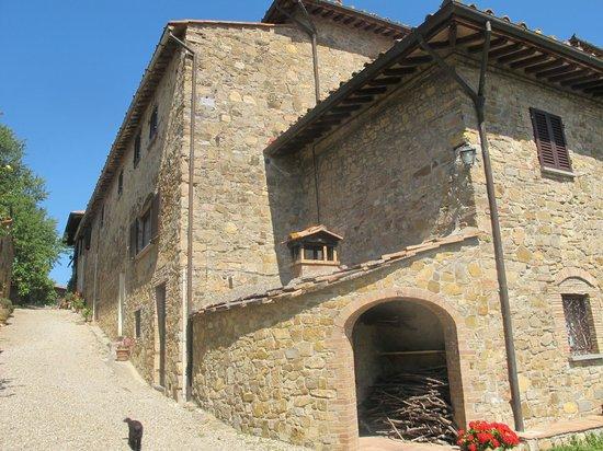 Quercia al Poggio: The villa