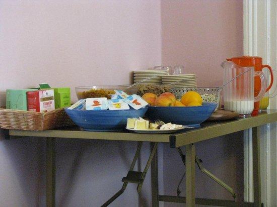 Anchor House Dublin: Buffet a colazione