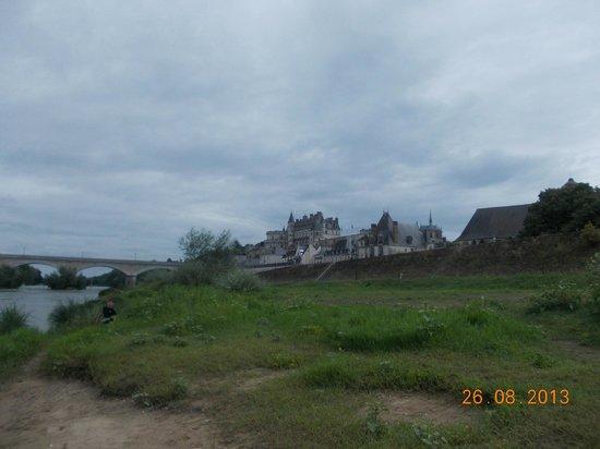 Siblu Villages - Domaine de Dugny: Chateu on Banks of River Louire