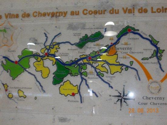 Siblu Villages - Domaine de Dugny: Wine tasting in Cheverney