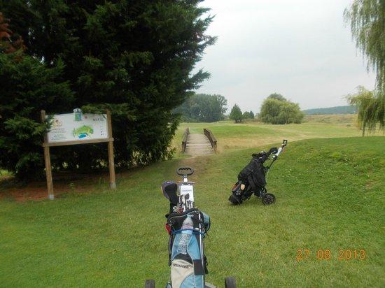 Siblu Villages - Domaine de Dugny: Golf course at Blois