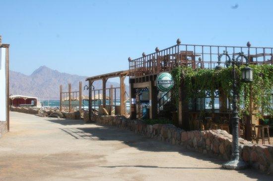 Blue Beach Club: Beach bar