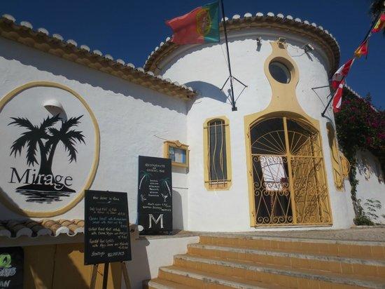 Mirage Restaurant: entrance